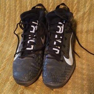 Mens sz 11 Nike cleats